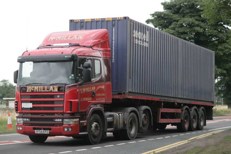 t_mcmillan_transport_2004_scania_124l_truck_with_geseaco_container_on_a_flatbed_trailer_22_march_2009